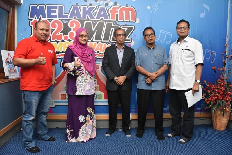 Temu Bual Di Melaka FM Bagi Isu Gangguan Air.